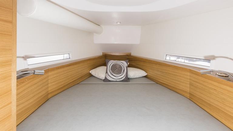 s380 bedroom