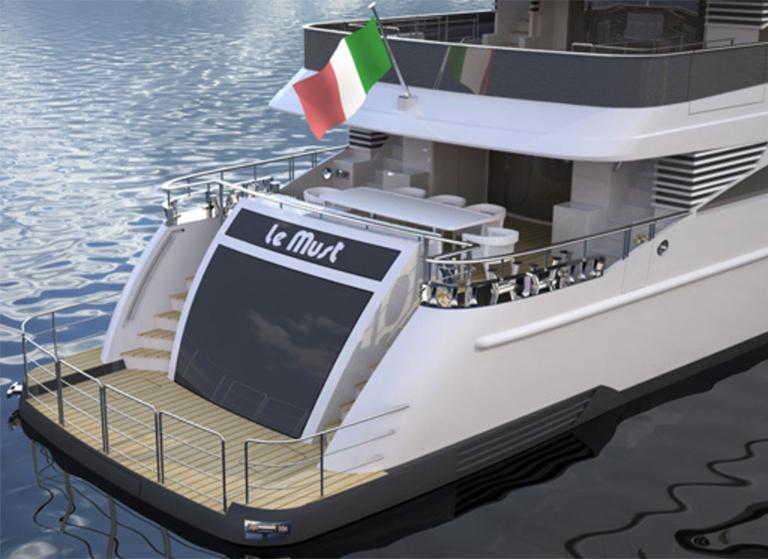 Italiasuperyachts38m デッキ クルーザー