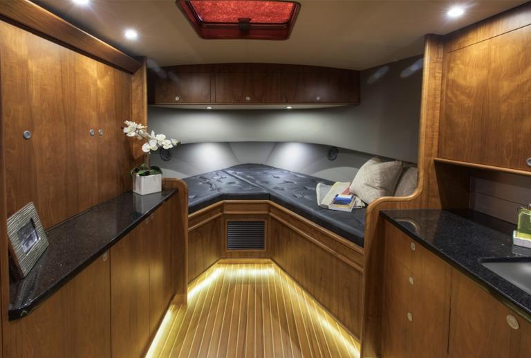 46grander bedroom